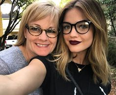 New hair color balayage short lucy hale ideas Lucy Hale Blonde, Lucy Hale Hair, Lucy Hale Style, Medium Brunette Hair, Brown Blonde Hair, Medium Hair, Hair Color Dark, Hair Colour, Hair Colors