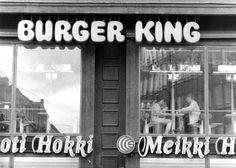Burger King lopetti Suomessa kannattamattomana 1980-luvun alussa. Kuva: Helsingin Sanomat Restaurant History, Ancient History, Finland, Neon Signs