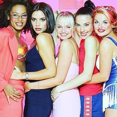 Spice Girls pose for photographers at the 21st Princes' Trust Gala in Manchester, England on May 9th, 1997! ✌️ #spicegirls #spice #girlpower #PrincesTrust #gala #Royalty #Manchester #photocall #MelB #VictoriaBeckham #EmmaBunton #MelanieC #GeriHalliwell #Scary #Posh #Baby #Sporty #Ginger #90s