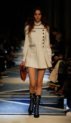 A look from the catwalk #MiuMiuCroisière
