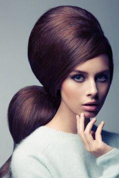 Learn how to backcomb your hair with MyBeautyCompare #backcombing #beautyblog #hairtips
