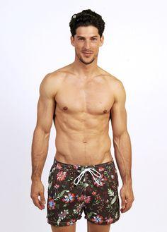 Mardeagua Clothing.  Bañadores para hombre  Swimwear for men  Swimsuit for men  Bañadores hombre estampado flores  Flower print swimwear