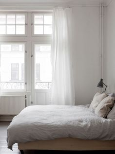 Minimalist life | Love this minimalist look? Head to www.hercouturelife.com for more inspiration now!