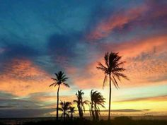 I cant wait to see these awesome sunrises everyday .... Someday....