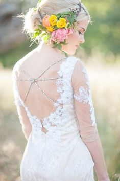 Floral head piece and Hollywood Dress by JuLeeCollection   Photo by www.rahelmenigphotography.com