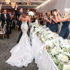 Beautiful Moment | @steven_khalil @susanavery @sergeantsmess @camillaandmarc @sarahmariemakeup @ashleigh_moltzen #brides_style #stevenkhalil