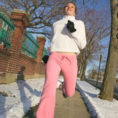 4 Winter Workout Motivation Tips-need them right now. It's so cold I don't want to go out.