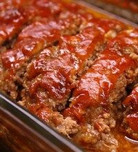 Easy meatloaf Ingredients: 1 egg pounds ground beef 14 ounce, can diced tomatoes with green chile peppers 1 sleeve buttery round crackers , crushed 1 tspn onion flakes tspn ground black pepper tspn garlic tspn seasoned salt Intructions: Preheat an oven Meat Loaf Recipe Easy, Meat Recipes, Cooking Recipes, Kitchen Recipes, Meatball Recipes, Paula Dean Meatloaf Recipes, Recipies, Simple Meatloaf Recipe, Vegetarian Recipes