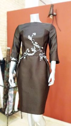 Vestido de fiesta diseñado por Salva Sanleón