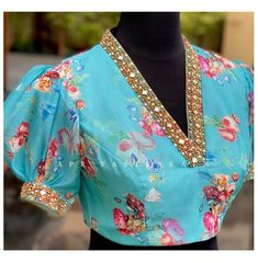Blouse Back Neck Designs, Simple Blouse Designs, Stylish Blouse Design, Bridal Blouse Designs, Latest Blouse Designs, Blouse Designs For Saree, Pattern Blouses For Sarees, Indian Blouse Designs, Designer Blouse Patterns