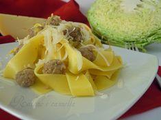 Pappardelle con verza, salsiccia e zafferano, un primo piatto delizioso, pronto in meno di mezz'ora. Provatelo e poi mi direte!