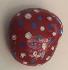 Red, white, and blue. Small rock. Small dots. (10/2021)