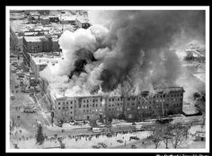 Wenonah Hotel Fire Bay City, Michigan, December Tragically there were eight fatalities. I remember this.it was on my birthday Bay City Michigan, Bay County, Tri Cities, Great Lakes, Back In The Day, Small Towns, Vintage Photos, Places To See, Fire