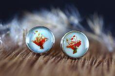 Cercei din flori naturale in rasina creati manual Gemstone Rings, Lily, Turquoise, Gemstones, Earrings, Jewelry, Ear Rings, Stud Earrings, Jewlery