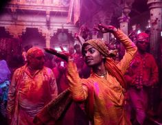 The Holi Festival marks the beginning of Spring for religious Hindus:  this is the way to celebrate spring!!!