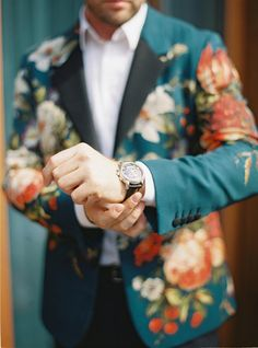 High Fashion, Fashion Show, Russian Wedding, Groomsmen, Floral Tie, Event Planning, Eye Candy, Wedding Dresses, Photography