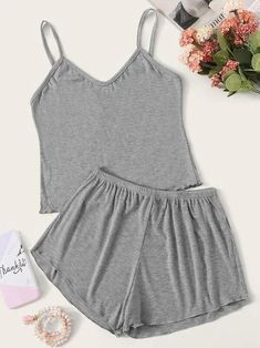 To find out about the Girls Rib-knit Cami Pajama Set at SHEIN, part of our latest Girls Loungewear ready to shop online today! Cute Pajama Sets, Cute Pjs, Cute Pajamas, Pyjama Sets, Pj Sets, Cute Lazy Outfits, Girl Outfits, Fashion Outfits, Girl Fashion
