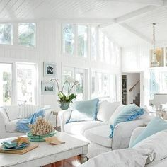 7 Steps to Casual Beach House Style - A busy mom transforms an outdated Casey Key, Florida, home into a relaxed carefree retreat for her - # Coastal Living Rooms, Shabby Chic Living Room, Shabby Chic Homes, Shabby Chic Furniture, Living Room Decor, Living Spaces, House Furniture, Furniture Ideas, Small Living