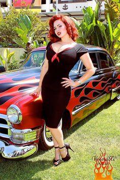 hair bubbleslingerie: Pin up Model Gia Genevieve Rockabilly Style, Rockabilly Moda, Moda Pinup, Rockabilly Fashion, Retro Fashion, Vintage Fashion, Rockabilly Girls, Gia Genevieve, 50 Style