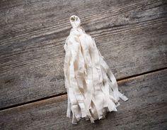 Tygvippa av silkesskjorta. Lisa Marie för Monthly Makers februari, tema återbruk.