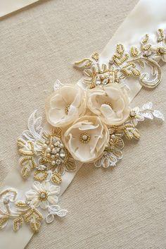 Cinturón nupcial marfil boda vestido faja flor por BelleBlooms