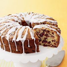 Learn how to make Fresh Orange-Cranberry Pound Cake. MyRecipes has tested recipes and videos to help you be a better cook. Cranberry Pound Cake Recipe, Pound Cake Recipes, My Recipes, Dessert Recipes, Pound Cakes, Citrus Recipes, Greek Recipes, Cup Cakes, Beer Batter