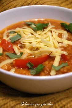 Qchnia po prostu: Wegetariańska zupa z ciecierzycy Chickpea Soup, Polish Recipes, Gluten Free Recipes, Thai Red Curry, Free Food, Chili, Food And Drink, Vegetarian, Ethnic Recipes