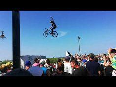 Extreme Bike Tour - YouTube