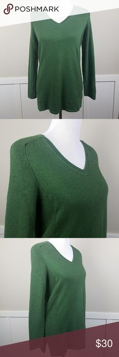 """J. Jill Green V-Neck Sweater sz S Super soft and luxurious J. Jill sweater in a beautiful green.  I wish it fit me!  In excellent condition with no visible signs of wear. From a smoke-free home. Approx measurements lying flat: 18"""" armpit to armpit  26"""" shoulder to hem J. Jill Sweaters V-Necks"""
