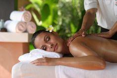 Cierra esos ojos de #miradafLash y déjate consentir por un buen masaje.