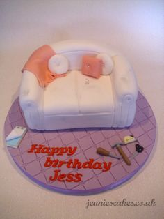 A beat up sofa cake for an upholsterer  www.jenniescakes.co.uk @Jess Payne @Documentally Bed Cake, Cakes And More, Birthday Cakes, Dollhouse Miniatures, Cake Ideas, House Warming, Fondant, Lounge, Tutorials