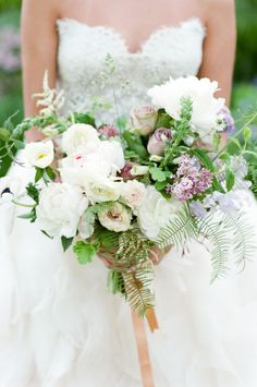 Peony and rose bouquet: http://www.stylemepretty.com/2015/07/15/romantic-spanish-inspired-wedding-inspiration/ | Photography: Tamara Gruner - http://www.tamaragruner.com/