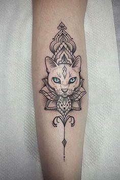 Geometric cat tattoo – Tattoo ideen – - New Sites Dreieckiges Tattoos, Irezumi Tattoos, Body Art Tattoos, Friend Tattoos, Tattos, Geometric Cat Tattoo, Geometric Sleeve, Pinguin Tattoo, Bastet Tattoo