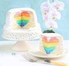 "Mille Crepe Cake with Hidden Rainbow Heart ""Eugenie Cake"" - Eugenie Kitchen Vanilla Syrup, Vanilla Cake, Diner Saint Valentin, Rainbow Treats, Cake Rainbow, Caramel Frappuccino, Starbucks Caramel, Diy Love, Crepe Cake"