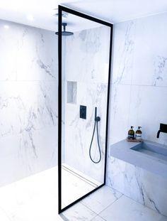 Dominius AS metalldører - Dominius AS Old Building, Bath Vanities, Bathroom Interior, Bathroom Ideas, New Homes, Bathtub, Vanity, House, Design