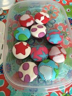Fabric look cupcakes