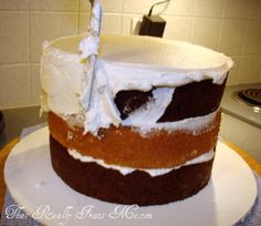 A blog about cake decorating, cookie making, and other desserts. Full of tutorials and how to articles.