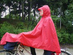 bike rain poncho Poncho Design, Rain Poncho, Rain Wear, Bicycle, Fitness, Sports, How To Wear, Travel, Fashion