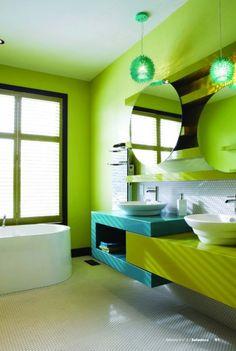 salle de bain d 39 enfants pas de chicane un lavabo pour le plus petit et un autre pour le plus. Black Bedroom Furniture Sets. Home Design Ideas