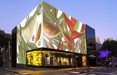 New look: Riachuelo inaugura nova fachada na loja da Oscar Freire