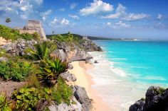 Escape to a tropical paradise, perfectly situated in the history-rich town of Tulum in the Riviera Maya. Book your stay at Dreams Tulum Resort & Spa today! Riviera Maya, Beach Honeymoon Destinations, Dream Vacations, Cheap Honeymoon, Holiday Destinations, Beach Resorts, Tulum Mexico, Cozumel, Mexico Vacation