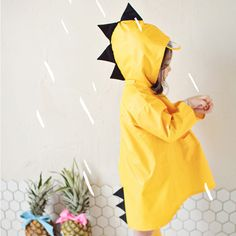 Victory! Check out my new Cute Dino Hooded Water-proof Rain Coat for Babies and Toddlers, snagged at a crazy discounted price with the PatPat app.