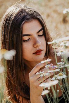 #portrait #photography #photographer #folwers #summersun #shot #portraitpage #portraitmood
