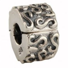 Pandora clip charm.... got it!