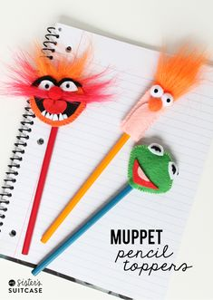 DIY Pencil Toppers: Muppets Most Wanted - My Sister's Suitcase - Packed with Creativity Diy Back To School Supplies, Back To School Crafts, Easy Diy Crafts, Crafts To Make, Crafts For Kids, Creative Crafts, Felt Diy, Felt Crafts, Les Muppets