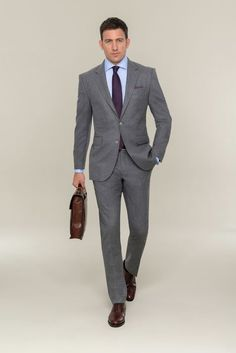 Light gray suit made of virgin wool for a convincing appearance Provide with … - Men Light Grey Suit Men, Grey Suit Brown Shoes, Blue Suit Men, Blue Suits, Mens Fashion Suits, Mens Suits, Groom Suits, Groom Attire, Grey Suit Combinations