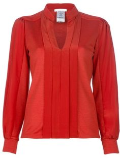 Chloe Tunic Blouse - i feel like mary j. blige would wear this for a fall tv appearance Red Tunic, Tunic Blouse, Red Blouses, Blouses For Women, Cool Outfits, Fashion Outfits, Fashion Clothes, Blouse Models, Autumn Winter Fashion