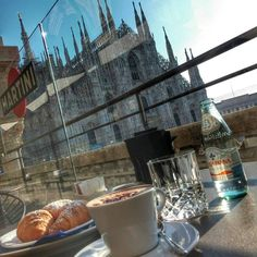 """tourism-italy: """" Good Morning from Terrazza Martini, Milan. Cappuccino and brioches for you repostfrom @_bordac_ - - #milano #milan #duomo #dome #cattedrale #cathedral #duomodimilano #people #persone #folla #crowd #martini #cappuccino #brioche..."""