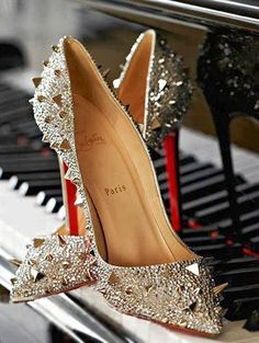 Christian Louboutin Pigalili Plato Pumps Grey DYN Which Is Made Of Top Quality Brings You High Quality Life! Bling Bling, Love Couture, Coach Outlet, Coach Purses, Coach Handbags, Coach Bags, Christian Louboutin Shoes, Louboutin Pumps, Christmas Shopping