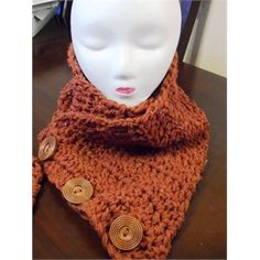 3-Button Pumpkin Cowl